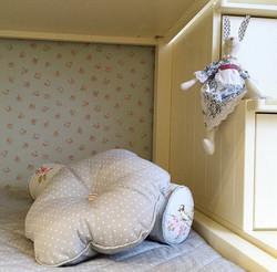 декоративные подушки к покрывалу