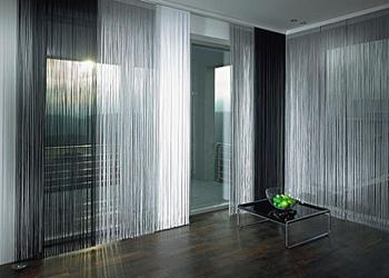 Нити - верёвочные шторы.