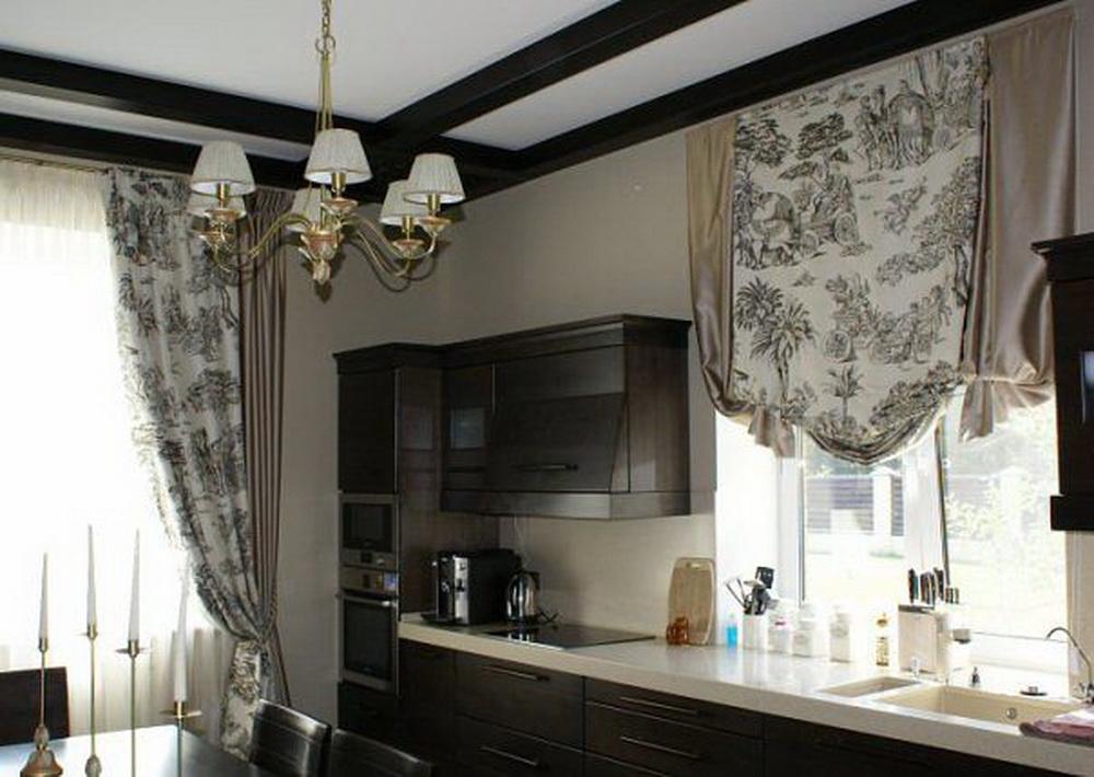 Английская штора для кухни..