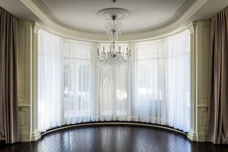 шторы для полукруглого окна гостиной пот