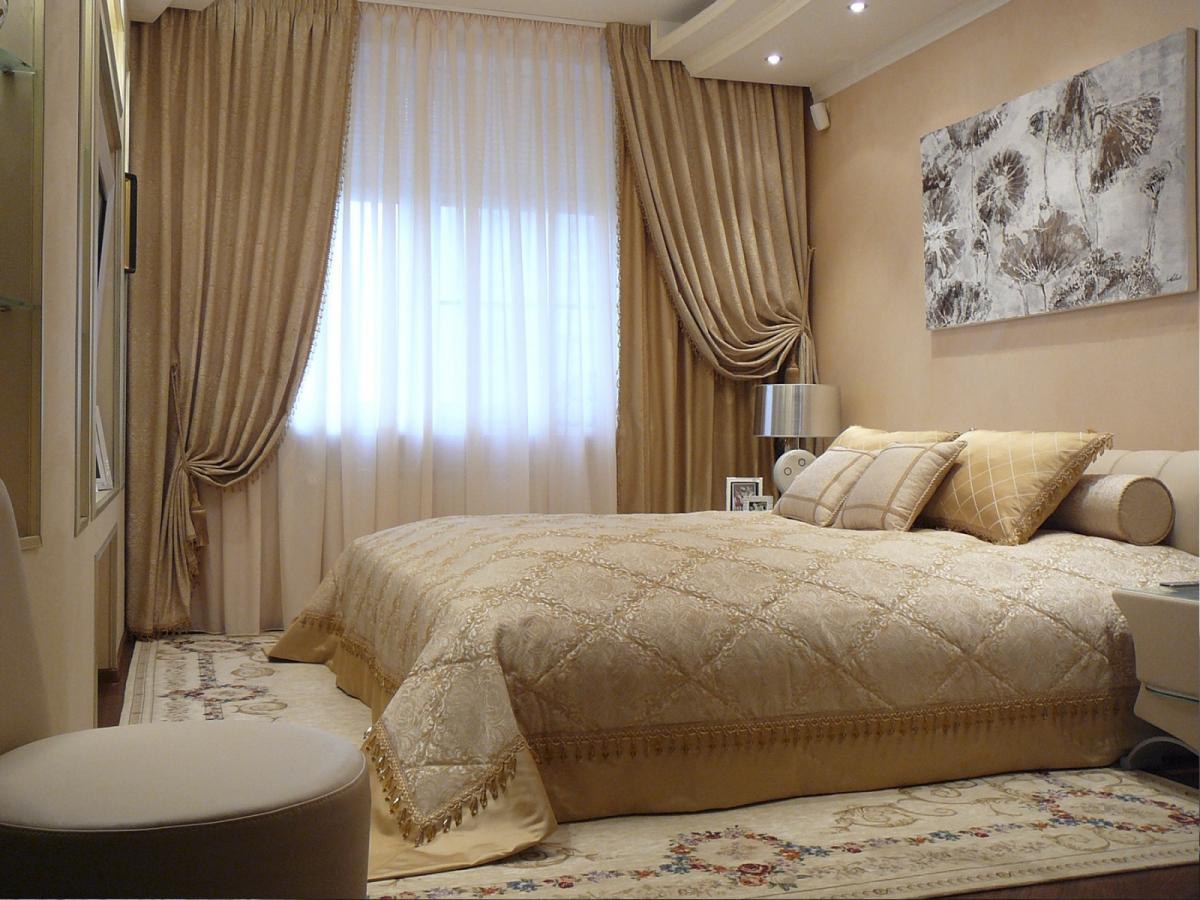 Шторы с покрывалом для спальни.