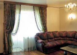 Потолочные шторы для гостиной.