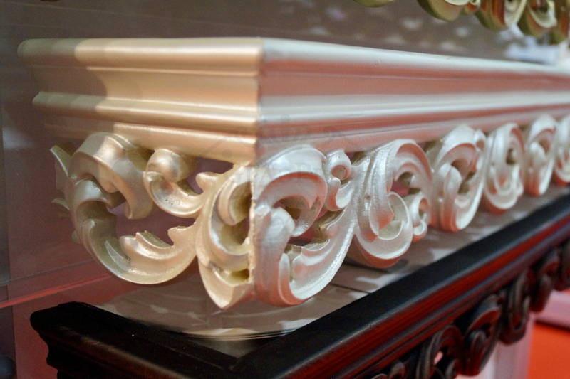 багетные карнизы для штор