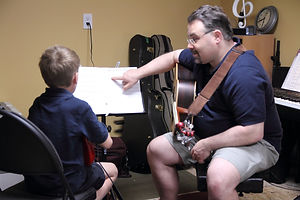 Guitar_Lesson_Pic2_converted-min.jpg