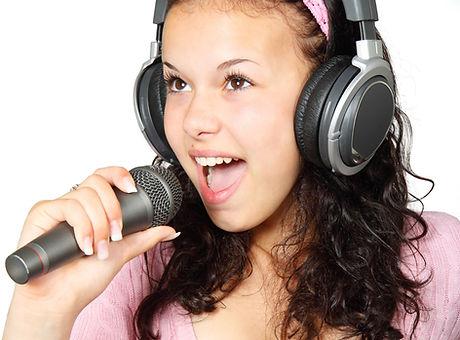 Singing Girl.jpg