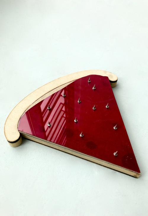 pizza slice track spikes