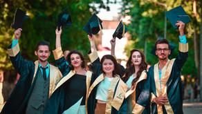 Bolsas de estudos em faculdades estrangeiras com inscrições até outubro