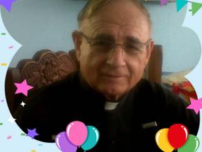 Un hombre bueno que hoy cumple 89 años entre nosotros, tras una vida de mucha entrega a Dios.