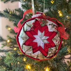 Christmas Ornament / Tree