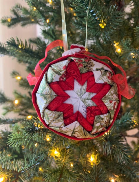 Christmas Ornament / Tree