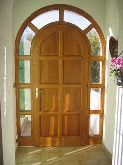 porte d'entrée en chêne