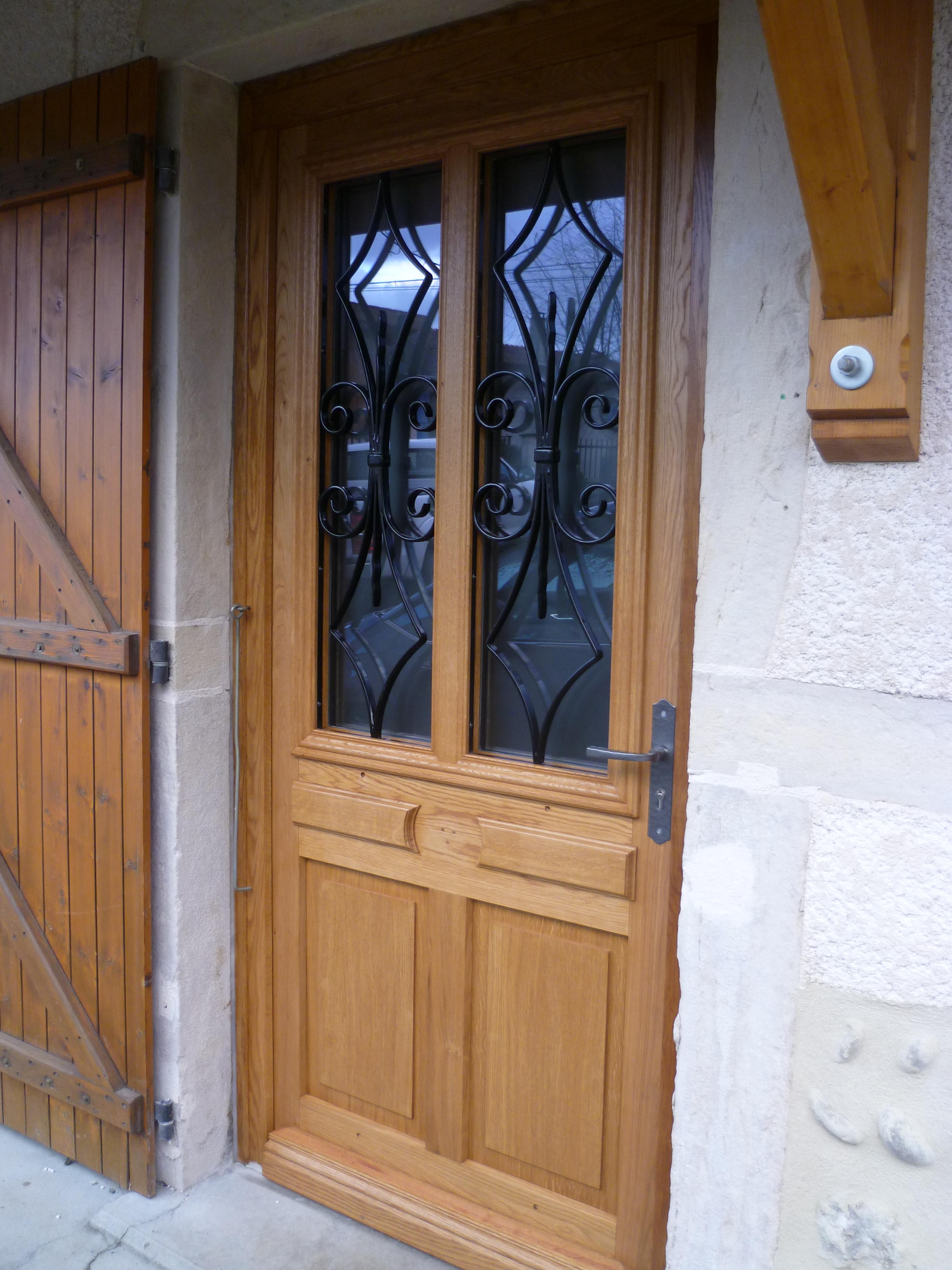 porte d'entrée rénovée