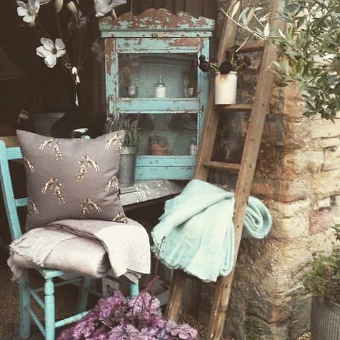Vintage style home accessories