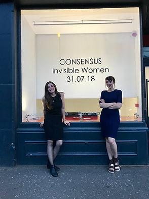 Invisible women - urbane art gallery - c