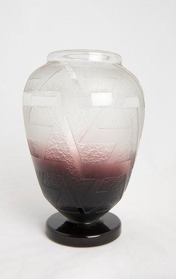"""CHARLES SCHNEIDER - Art Deco ZigZag """"Z"""" design glass vase - c 19291"""