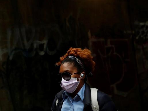 Los Manufactureros de Mascarillas se Enfrentan al Colapso Post Pandemia
