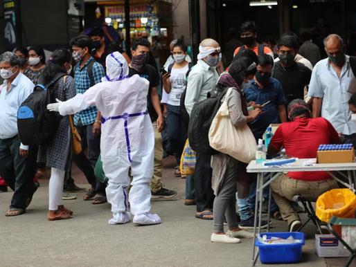 La Crisis del Covid en India Deja a la Cadena de Suministros de Prendas Pendiendo de un Hilo