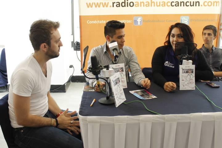 Entrevista en Radio Anahuac