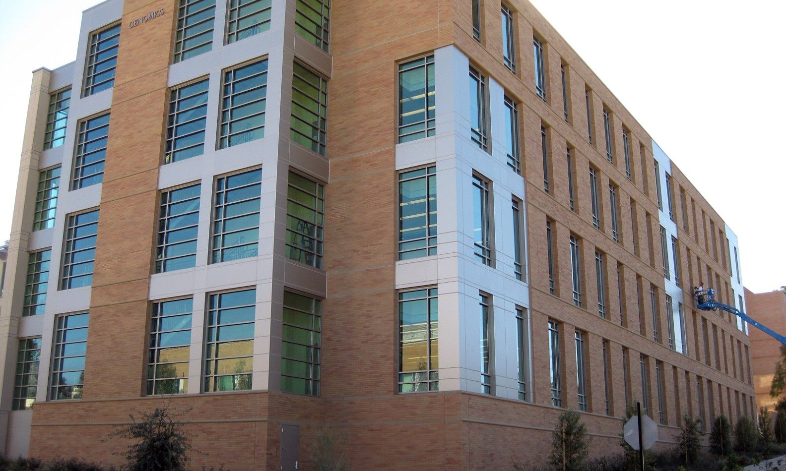 UCR Genomics Building