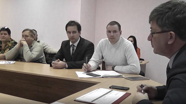Глава Бокситогорского района рекомендовал садоводам обратиться в Ленсеть.