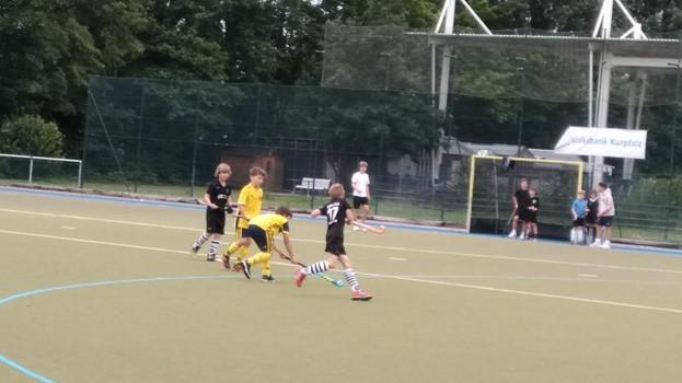 Freundschaftspiele der U10w und U10m in Heidelberg