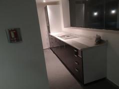 Cocineta | Diseño de interiores | Muebles sobre diseño | Remodelación de oficina Rio Sena.