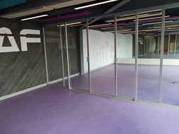 Cancel divisorio   Diseño de interiores   muebles sobre diseño   Remodelación de local comercial   Arboledas.