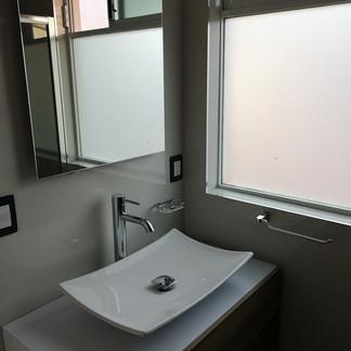 Baño planta alta | Remodelación integral | diseño de interiores | Remodelación San Mateo.