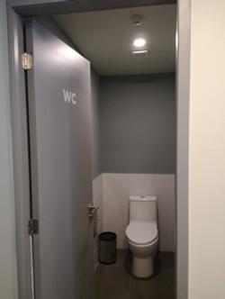 Remodelación de baño | baños institucionales
