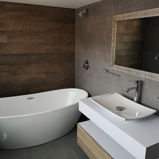 Baño principal | Remodelación integral | diseño de interiores | Remodelación San Mateo.