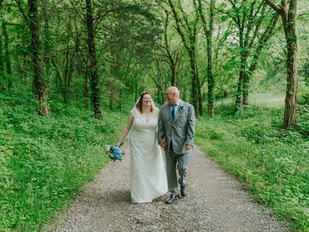 Intimate Wedding at Butterfly Hollow | Risen Vintage Photography