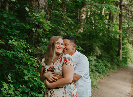 Gorgeous Engagement Session at Dunbar Cave State Park