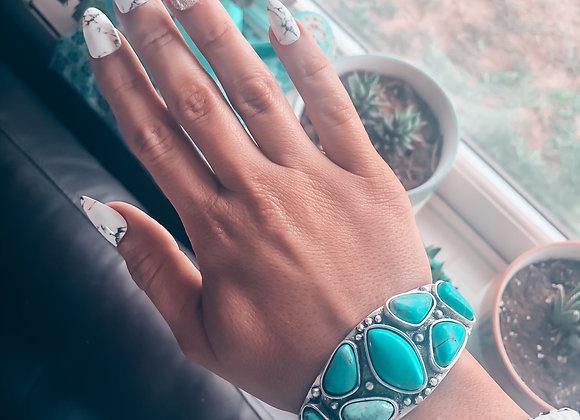 The Lisa Bracelet