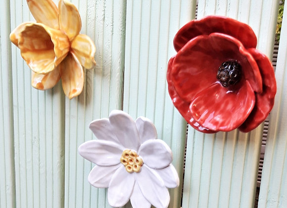 Daffodil, Daisy and Poppy Wall Flower Set