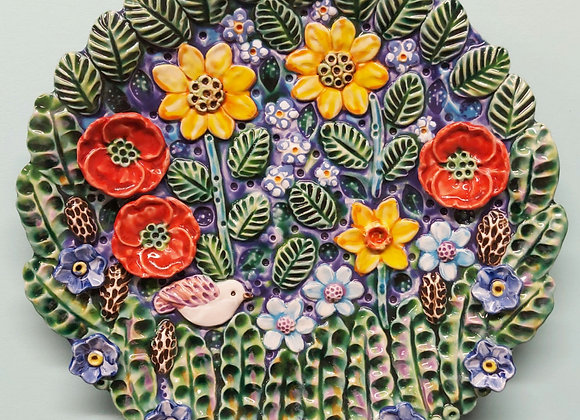 XL Spring Meadow Wall Hanging Dish, 43cm wide.