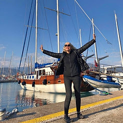 01 Kirsi and the Boat_Fotor.jpg