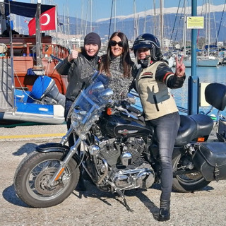 Biker girls in the harbour.jpg
