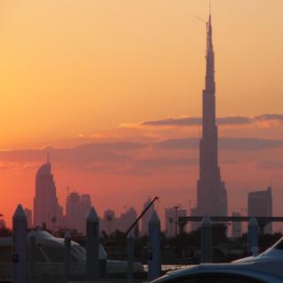 Burj Kalifa in the morning.jpg