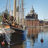 Usbensk catedral Helsinki.jpg
