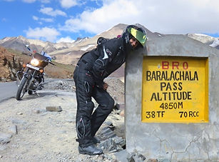 Baralachala Pass.jpg