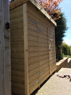 timber_shed.jpg