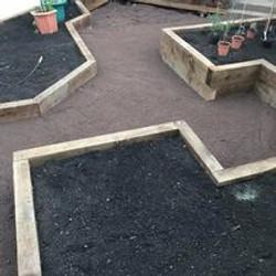raised_planters.jpg