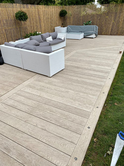 Millboard_decking_to_catch sun.jpg