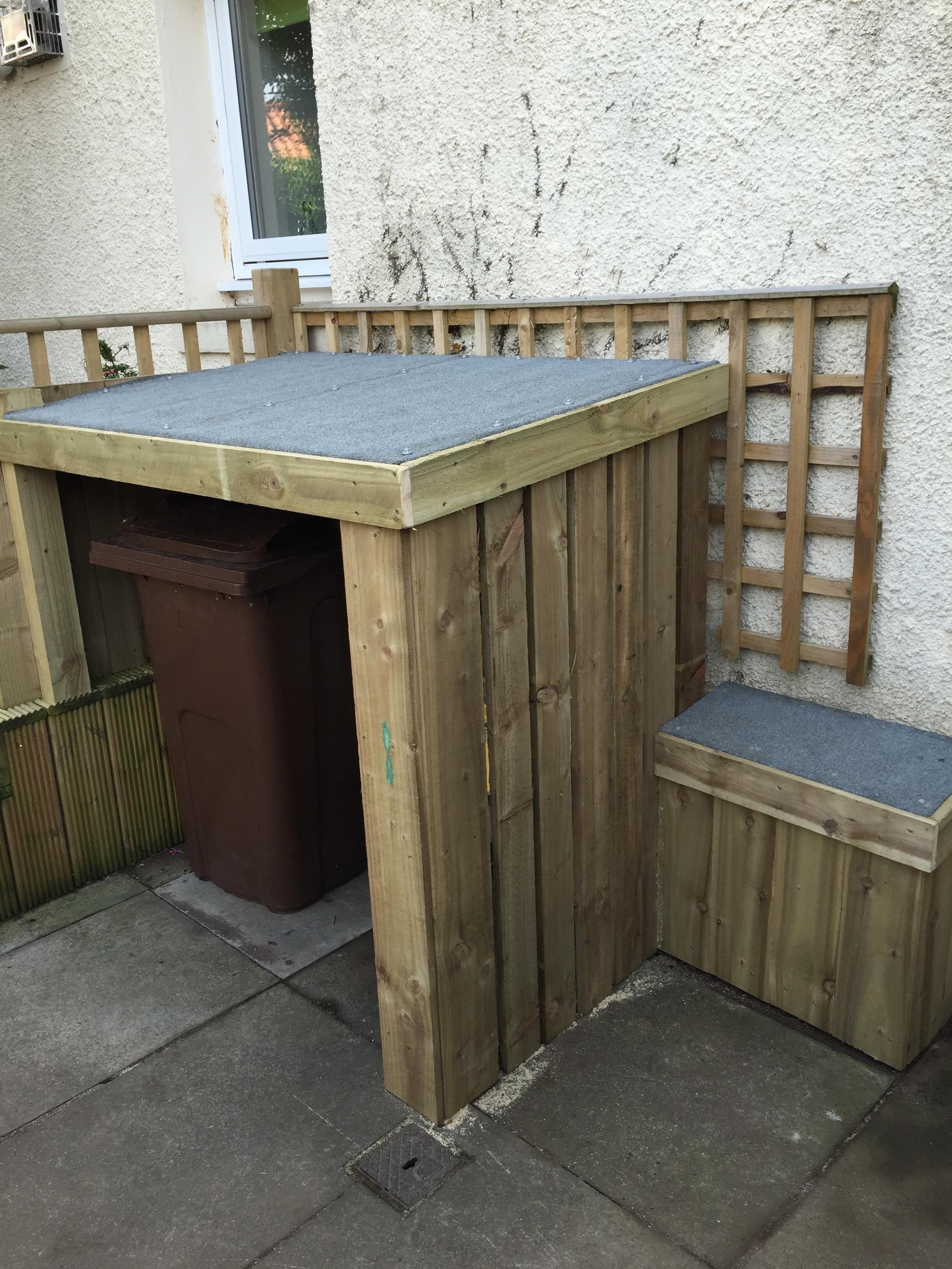 wooden_bin_store.jpg