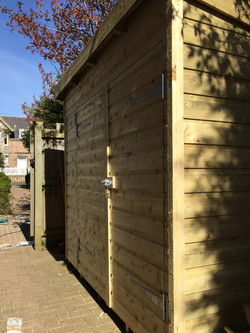 wooden_shed.jpg