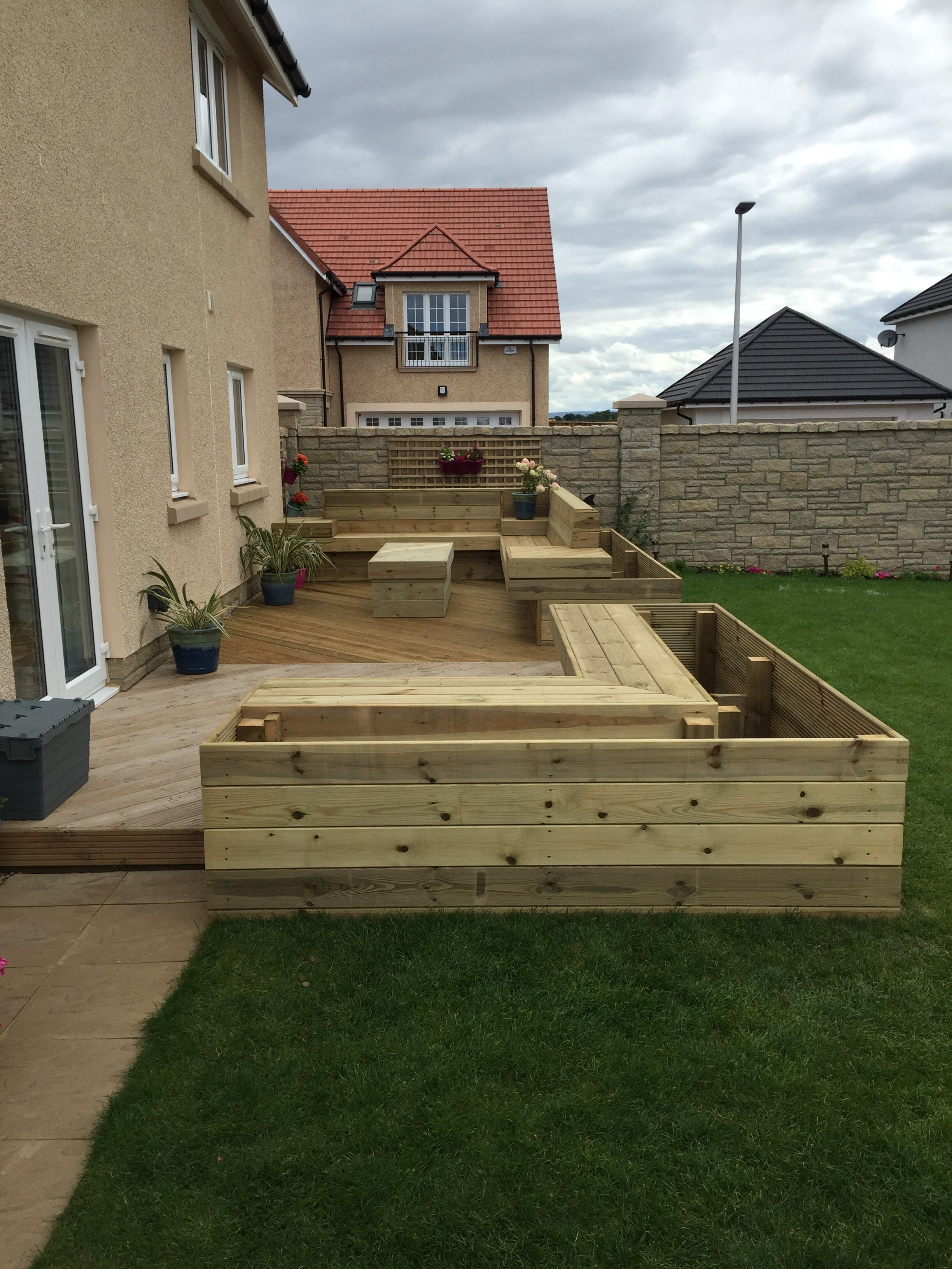 timber_deck_raised_beds.jpg