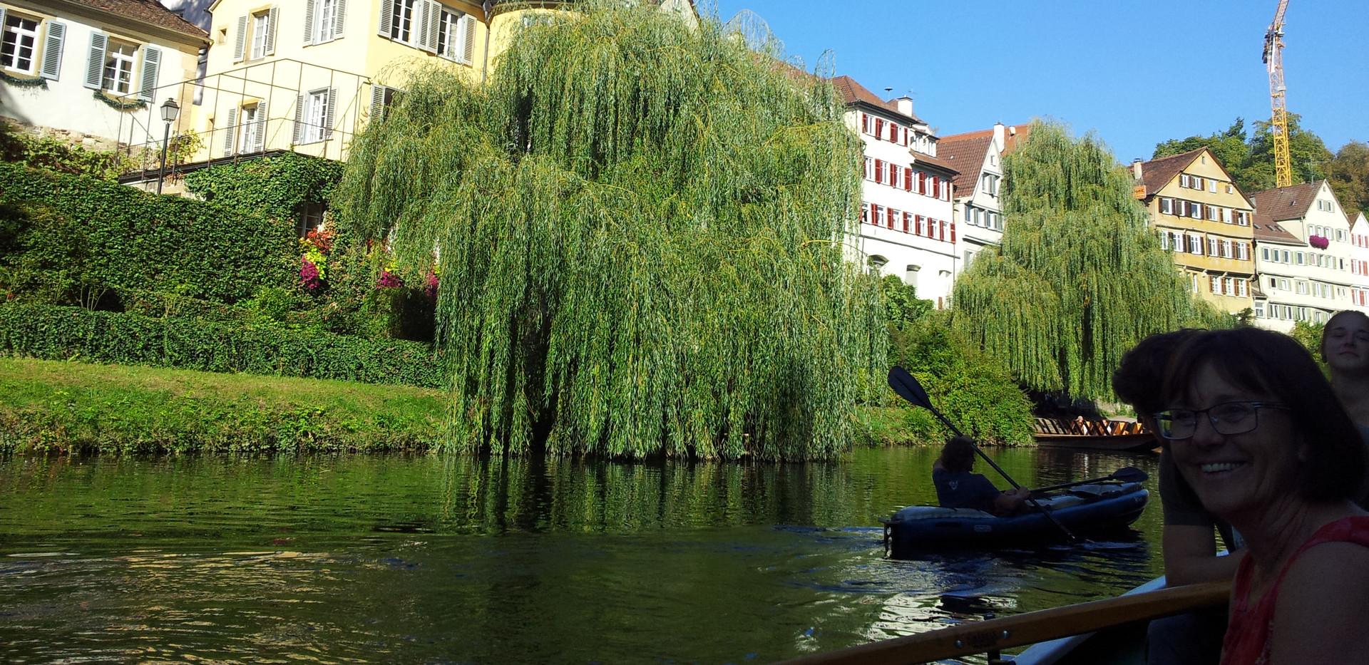 Stocherkahnfahrt_in_Tübingen.jpg