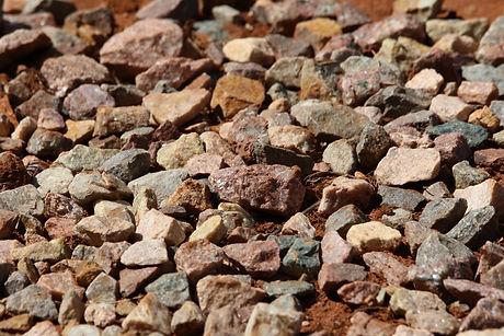 pile-of-rocks-789117.jpg