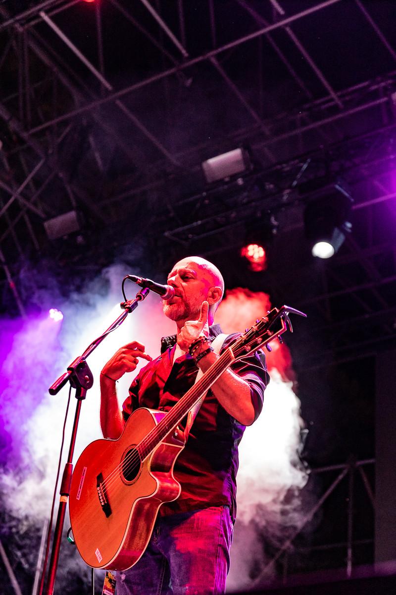 Ivan Almadori durante il concerto
