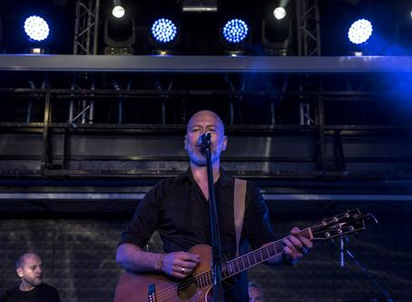 """""""Rino Gaetano? Ci manca tanto"""" - Ivan Almadori, voce e chitarra della Rino Gaetano Band, si racconta"""